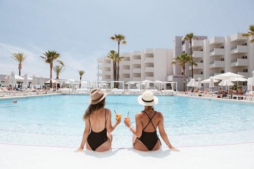 . Hotel Garbi Ibiza & Spa