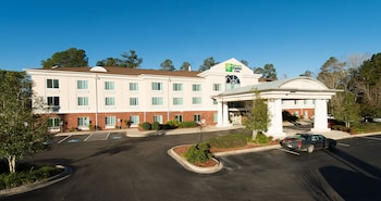 Holiday Inn Exp Walterboro photo