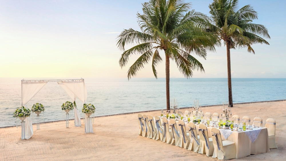 인터콘티넨탈 파타야 리조트(InterContinental Pattaya Resort) Hotel Image 51 - Outdoor Wedding Area