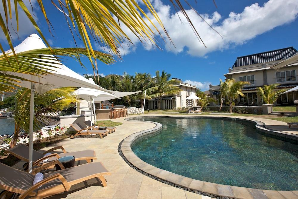 르 수프렌 호텔 앤드 마리나(Le Suffren Hotel & Marina) Hotel Image 2 - Pool