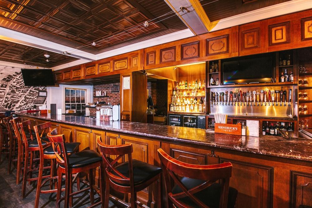 더 인 앳 미스틱(The Inn at Mystic) Hotel Image 39 - Hotel Lounge