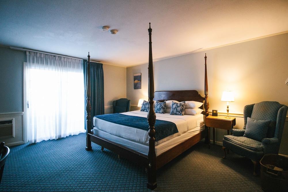 더 인 앳 미스틱(The Inn at Mystic) Hotel Image 19 - Guestroom