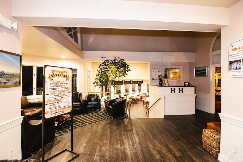 더 인 앳 미스틱(The Inn at Mystic) Hotel Image 38 - Restaurant