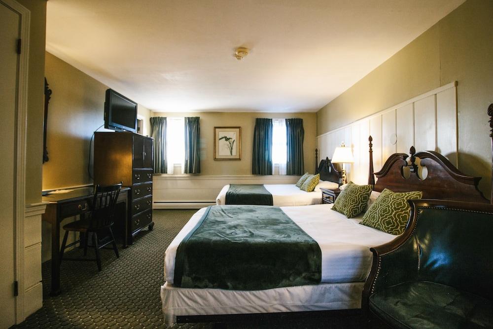 더 인 앳 미스틱(The Inn at Mystic) Hotel Image 22 - Guestroom