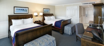 Room, 2 Double Beds, View (Long Island)