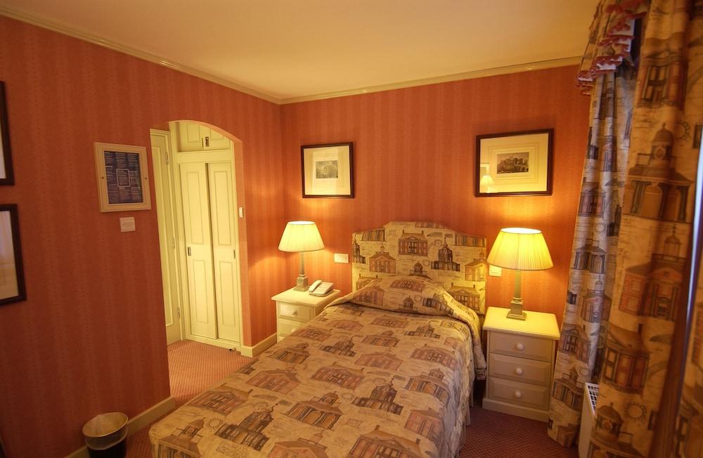 코츠월드 로지 호텔(Cotswold Lodge Hotel) Hotel Image 21 - Guestroom