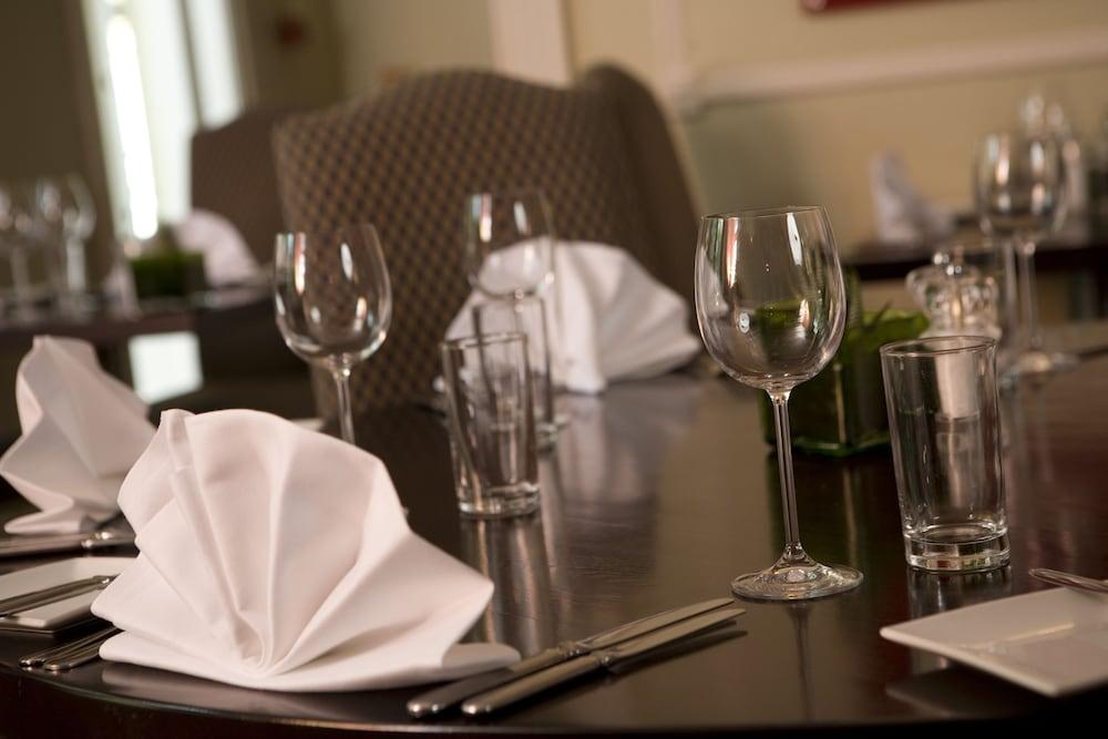 코츠월드 로지 호텔(Cotswold Lodge Hotel) Hotel Image 34 - Dining