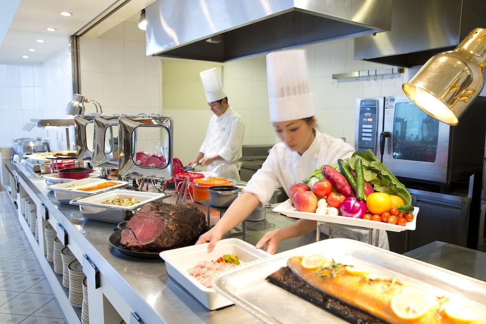 크라운 플라자 ANA 고베(Crowne Plaza ANA Kobe) Hotel Image 49 - Buffet