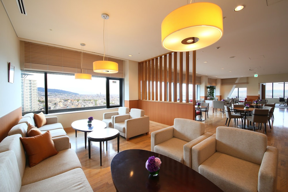 크라운 플라자 ANA 고베(Crowne Plaza ANA Kobe) Hotel Image 69 - Executive Lounge