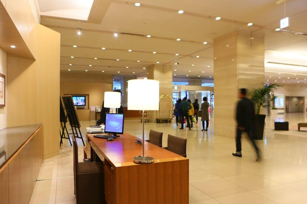 크라운 플라자 ANA 고베(Crowne Plaza ANA Kobe) Hotel Image 2 - Lobby