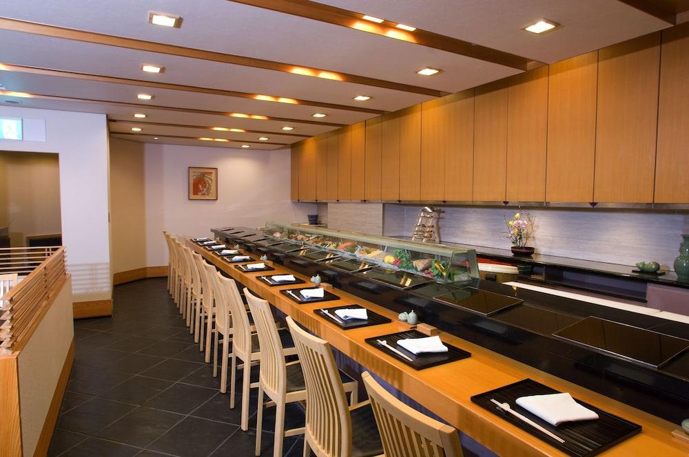 크라운 플라자 ANA 고베(Crowne Plaza ANA Kobe) Hotel Image 119 - Restaurant