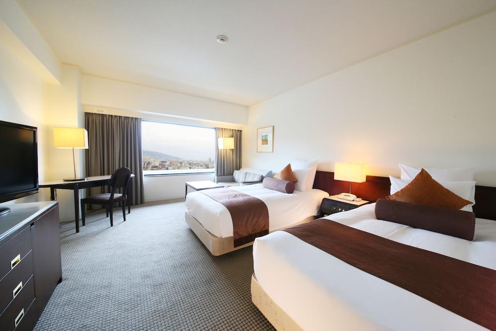 크라운 플라자 ANA 고베(Crowne Plaza ANA Kobe) Hotel Image 14 - Guestroom