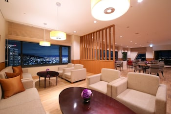 CROWNE PLAZA ANA KOBE Executive Lounge