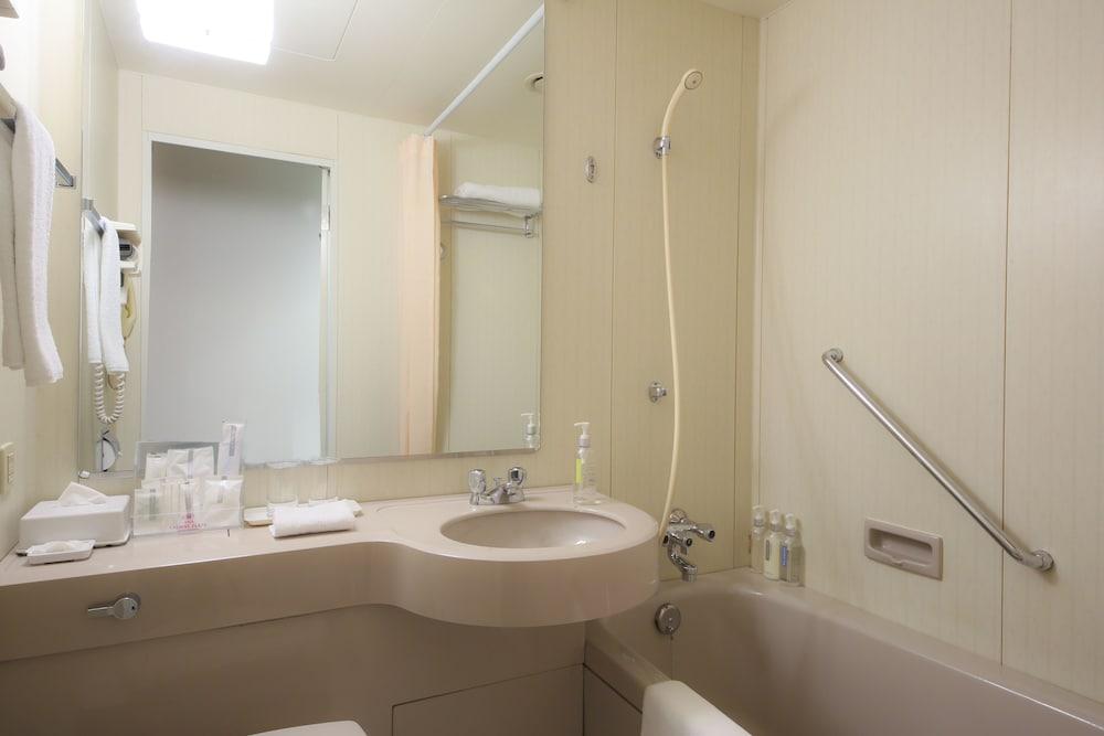 크라운 플라자 ANA 고베(Crowne Plaza ANA Kobe) Hotel Image 35 - Bathroom Amenities