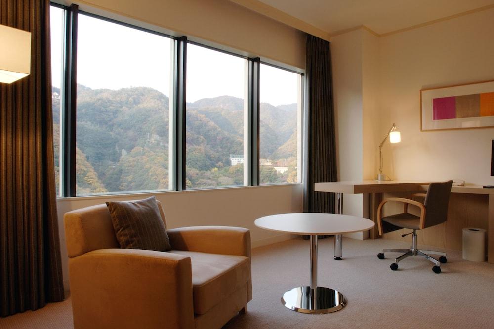 크라운 플라자 ANA 고베(Crowne Plaza ANA Kobe) Hotel Image 23 - Guestroom