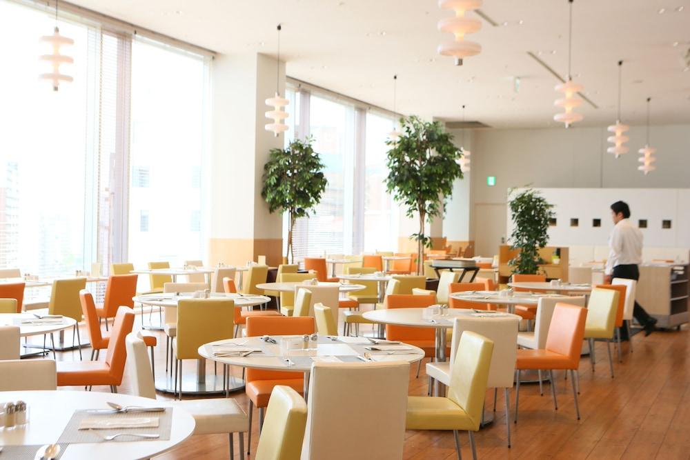 크라운 플라자 ANA 고베(Crowne Plaza ANA Kobe) Hotel Image 45 - Breakfast Area