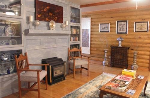 Grand Living Inn & Lodge, Coconino