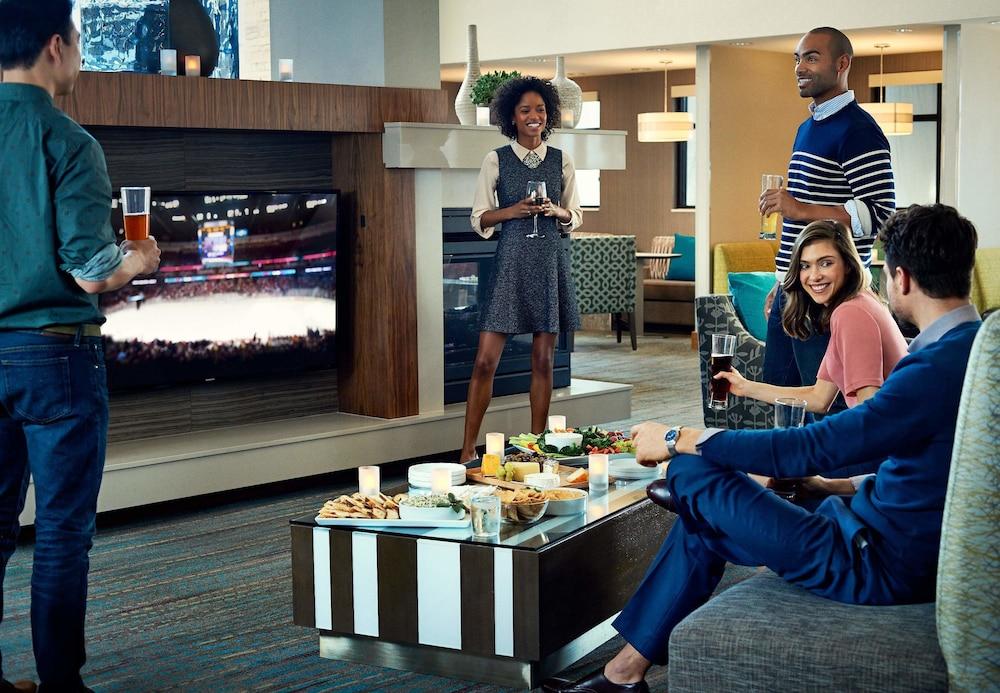 레지던스 인 바이 메리어트 앨버니 이스트 그린부시/테크 밸리(Residence Inn by Marriott Albany East Greenbush/Tech Valley) Hotel Image 2 - Lobby Lounge