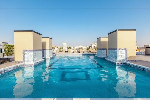 Dubaj - Golden Sands Hotel Apartments - z Warszawy, 29 marca 2021, 3 noce