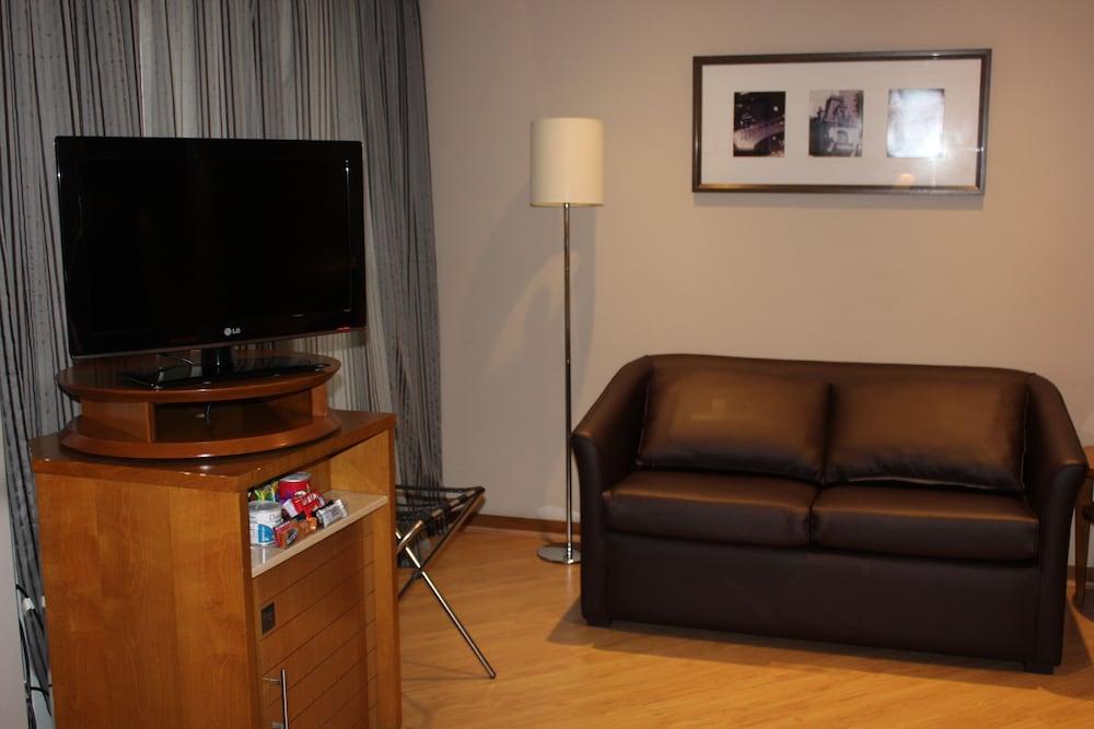 트랜스아메리카 이그제큐티브 파울리스타(Transamerica Executive Paulista) Hotel Image 34 - Living Room