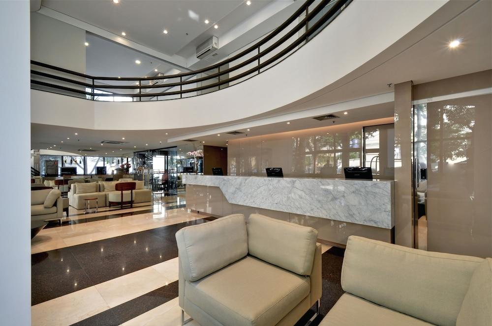 트랜스아메리카 이그제큐티브 파울리스타(Transamerica Executive Paulista) Hotel Image 7 - Interior Entrance