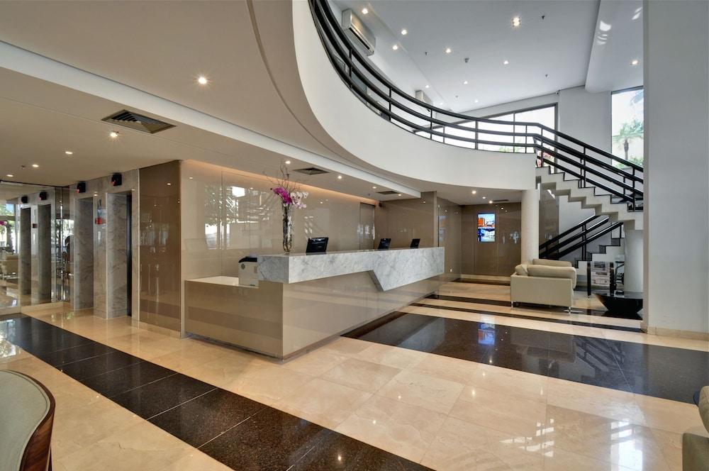 트랜스아메리카 이그제큐티브 파울리스타(Transamerica Executive Paulista) Hotel Image 8 - Interior Entrance