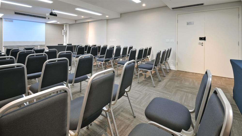 트랜스아메리카 이그제큐티브 파울리스타(Transamerica Executive Paulista) Hotel Image 79 - Meeting Facility