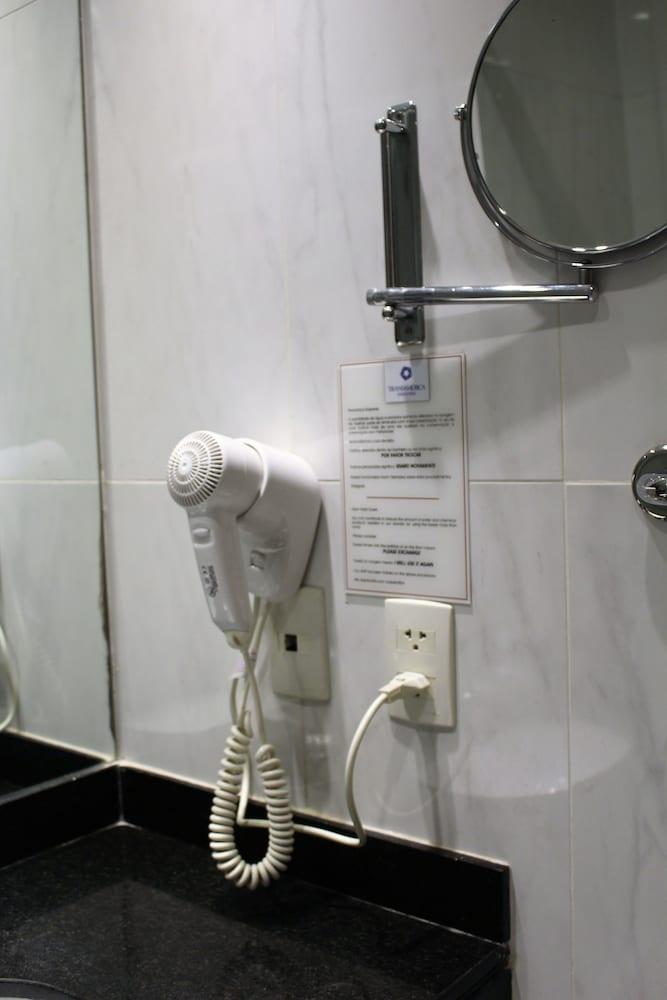 트랜스아메리카 이그제큐티브 파울리스타(Transamerica Executive Paulista) Hotel Image 48 - Bathroom Amenities