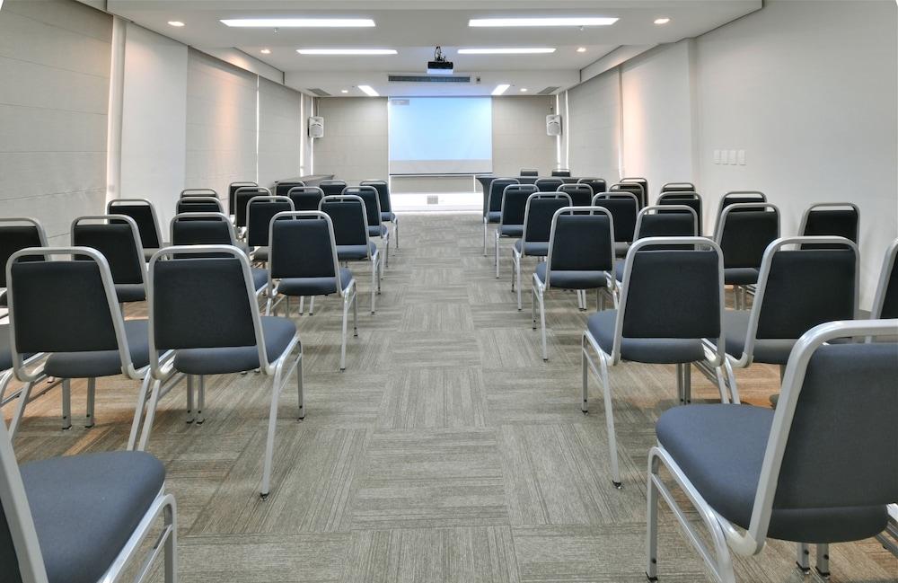 트랜스아메리카 이그제큐티브 파울리스타(Transamerica Executive Paulista) Hotel Image 86 - Meeting Facility