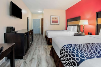 Deluxe Suite, 2 Queen Beds, Accessible, Non Smoking (Mobility Accessible)
