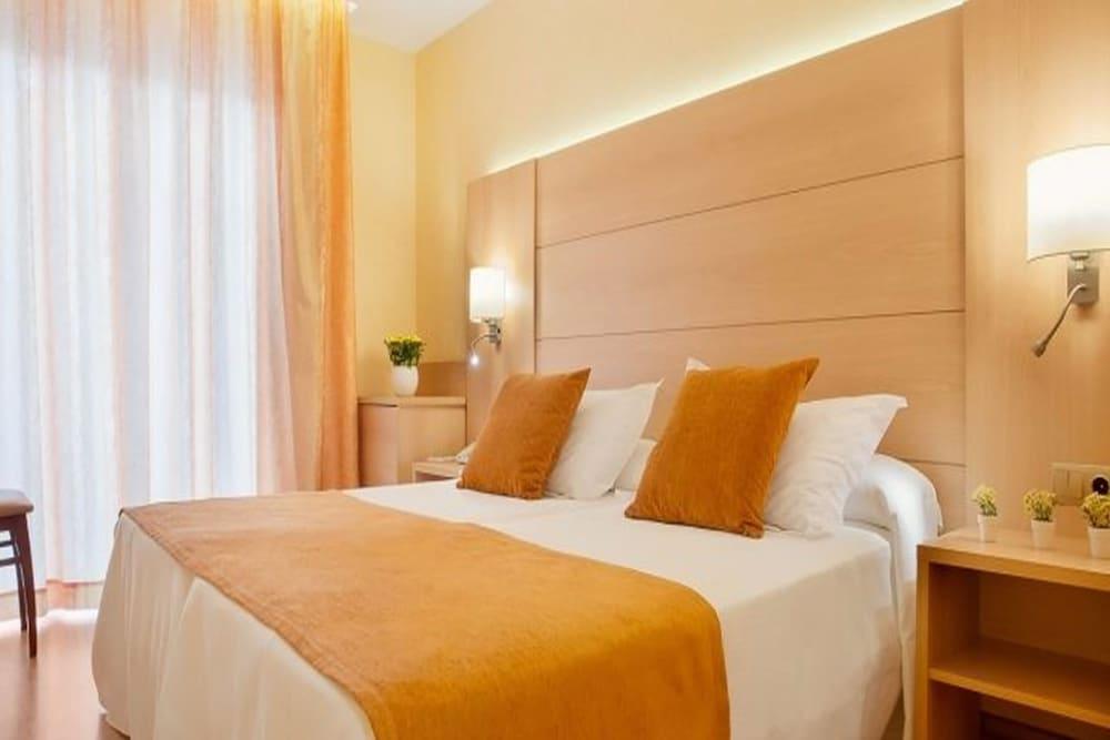 피마르 호텔(Hotel Pi-Mar) Hotel Image 7 - Guestroom