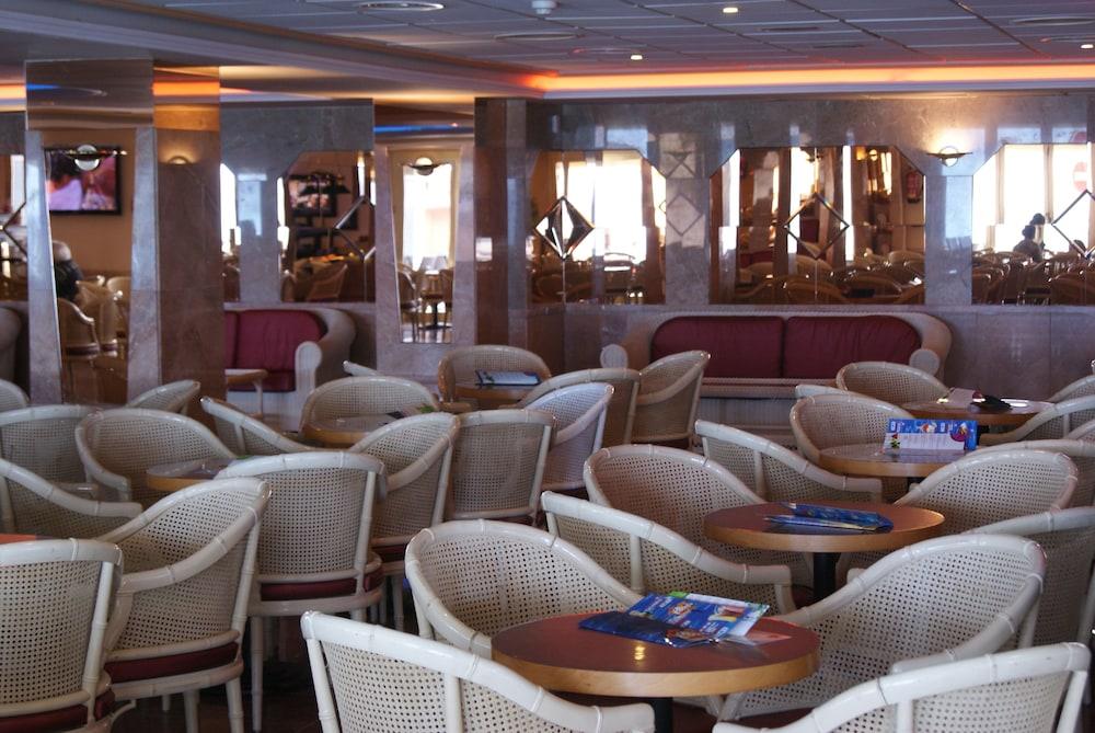 피마르 호텔(Hotel Pi-Mar) Hotel Image 41 - Hotel Bar
