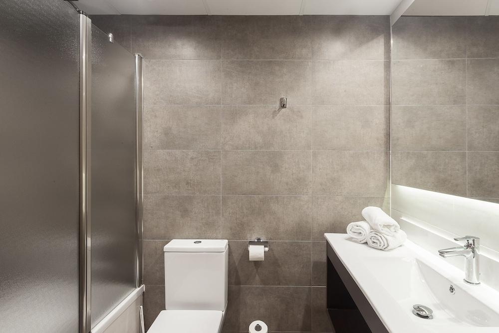 피마르 호텔(Hotel Pi-Mar) Hotel Image 18 - Bathroom