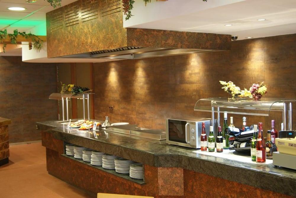 피마르 호텔(Hotel Pi-Mar) Hotel Image 33 - Dining