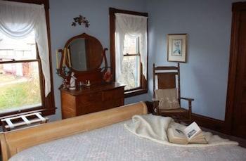 Rose Arbour Bed & Breakfast