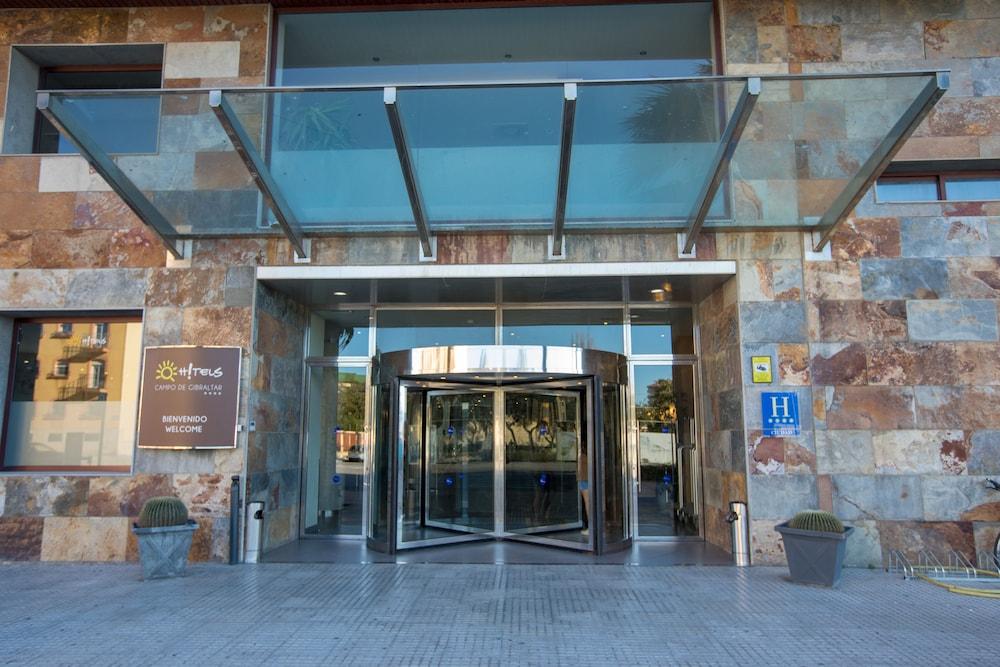 오텔 캄포 데 지브롤터(Ohtels Campo De Gibraltar) Hotel Image 57 - Hotel Entrance