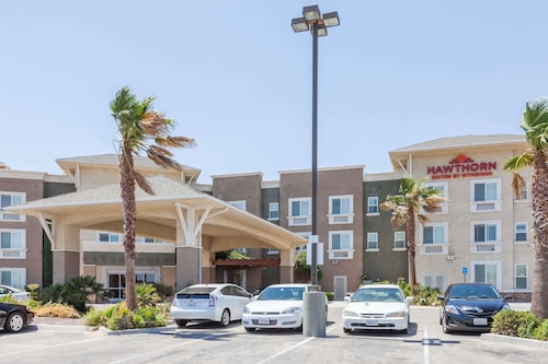 . Hawthorn Suites by Wyndham Victorville