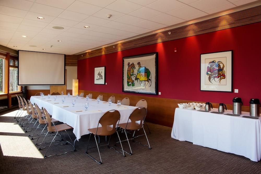 주니퍼 호텔(The Juniper Hotel) Hotel Image 67 - Meeting Facility