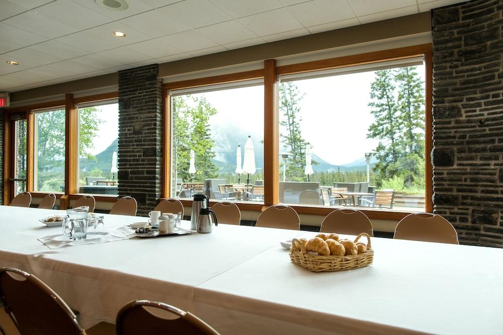 주니퍼 호텔(The Juniper Hotel) Hotel Image 75 - Meeting Facility