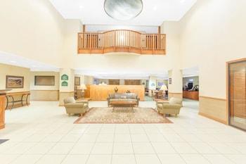 Hotel - Wingate by Wyndham Bentonville AR
