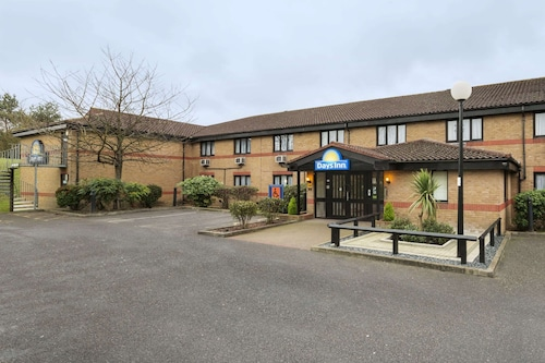 Bishops Stortford - Days Inn by Wyndham London Stansted Airport - z Warszawy, 23 kwietnia 2021, 3 noce