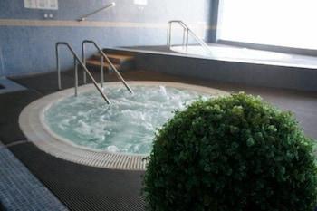 히포크라테스 쿠호텔(Hipócrates Curhotel) Hotel Image 22 - Indoor Spa Tub