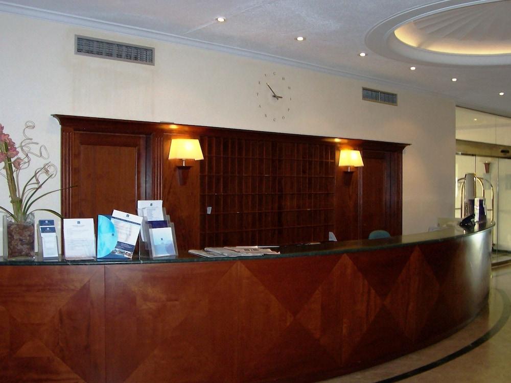 히포크라테스 쿠호텔(Hipócrates Curhotel) Hotel Image 28 - Reception