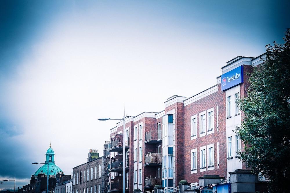 트래블로지 더블린 시티 라스마인(Travelodge Dublin City Rathmines) Hotel Image 15 - Hotel Front