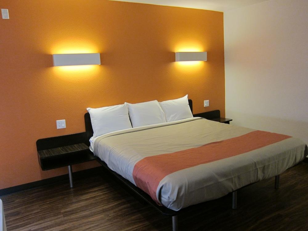 모텔 6 오션사이드 마리나(Motel 6 Oceanside Marina) Hotel Image 26 - Guestroom
