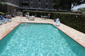 Hotel - Holiday Inn Express Hotel & Suites Clearwater/Us 19 N