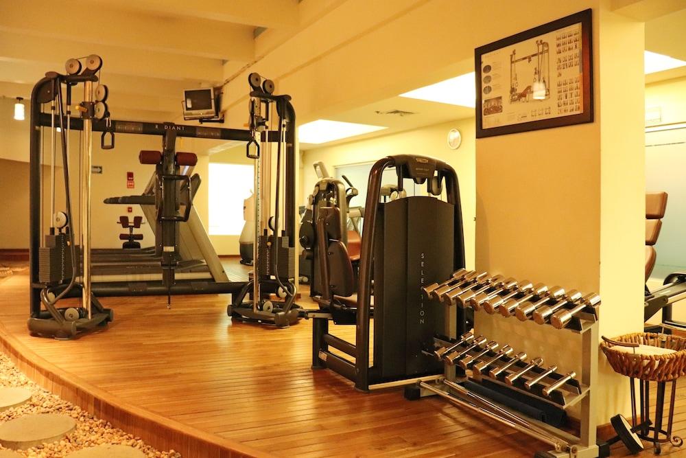 힐튼 빌라르모사 앤 컨퍼런스 센터(Hilton Villahermosa & Conference Center) Hotel Image 78 - Gym