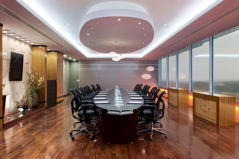 힐튼 빌라르모사 앤 컨퍼런스 센터(Hilton Villahermosa & Conference Center) Hotel Image 64 - Meeting Facility