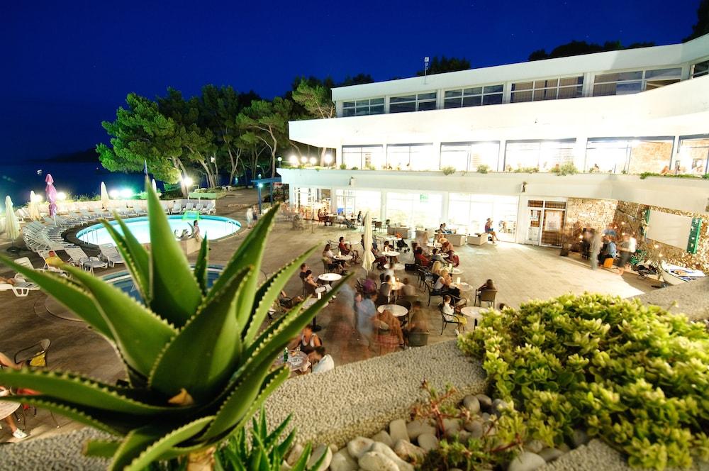 아드리아틱 리조트 폰타나(Adriatiq Resort Fontana) Hotel Image 25 - Terrace/Patio