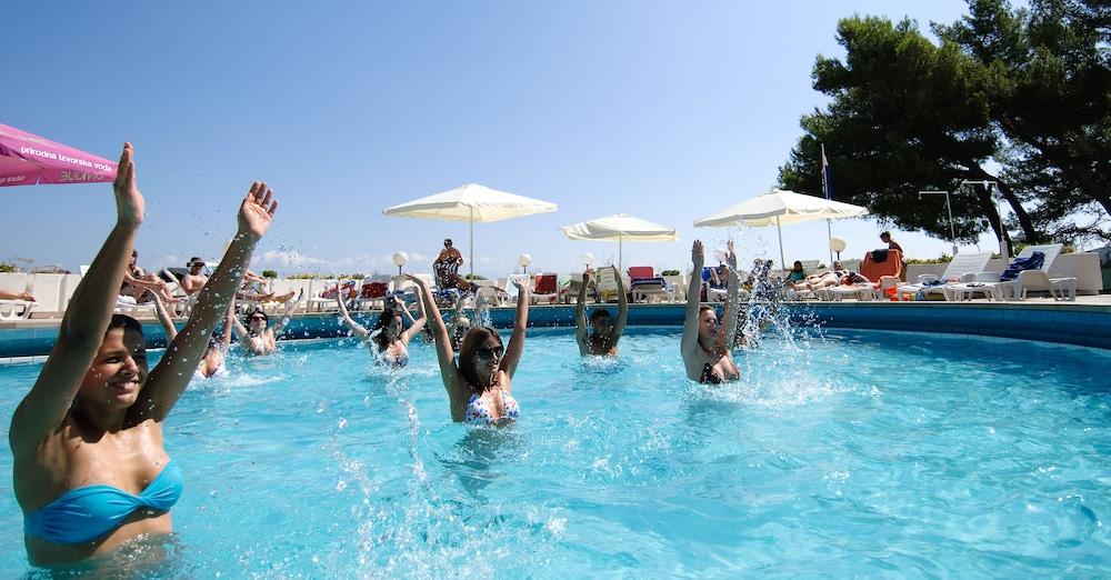 아드리아틱 리조트 폰타나(Adriatiq Resort Fontana) Hotel Image 19 - Outdoor Pool